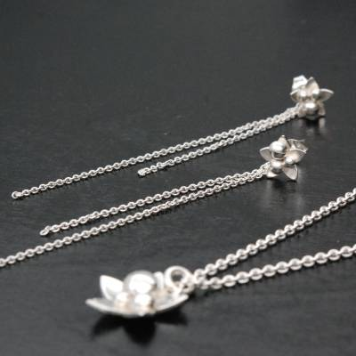 Flowers pendant and earrings